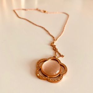 Jewelry - Rose Gold Flower Pendant Necklace